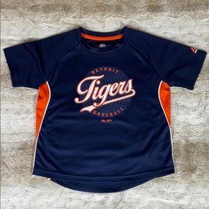 4/$20 Detroit Tigers shirt
